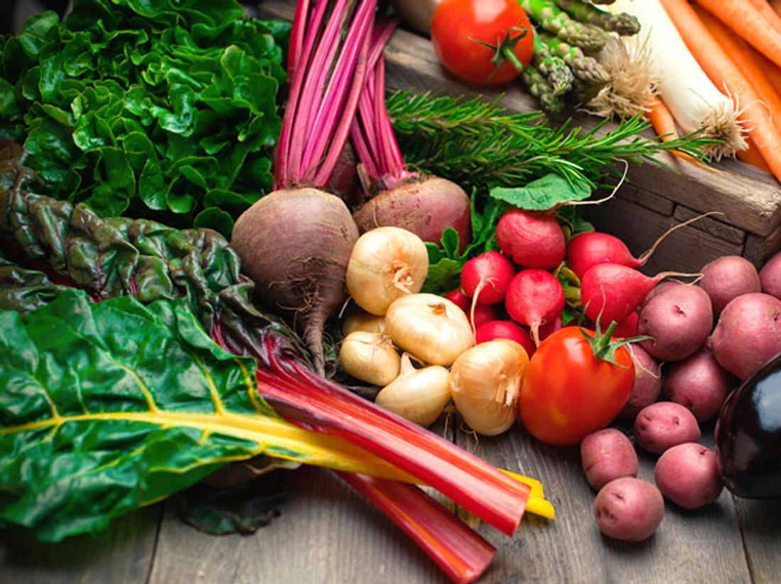 Welches Gemüse ist jetzt besonders gut für uns? Wir verraten, wie Sie besser essen.