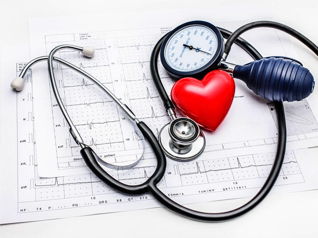 Hoher Blutdruck schädigt auf Dauer Blutgefäße und Herz. Was Sie dagegen tun können.