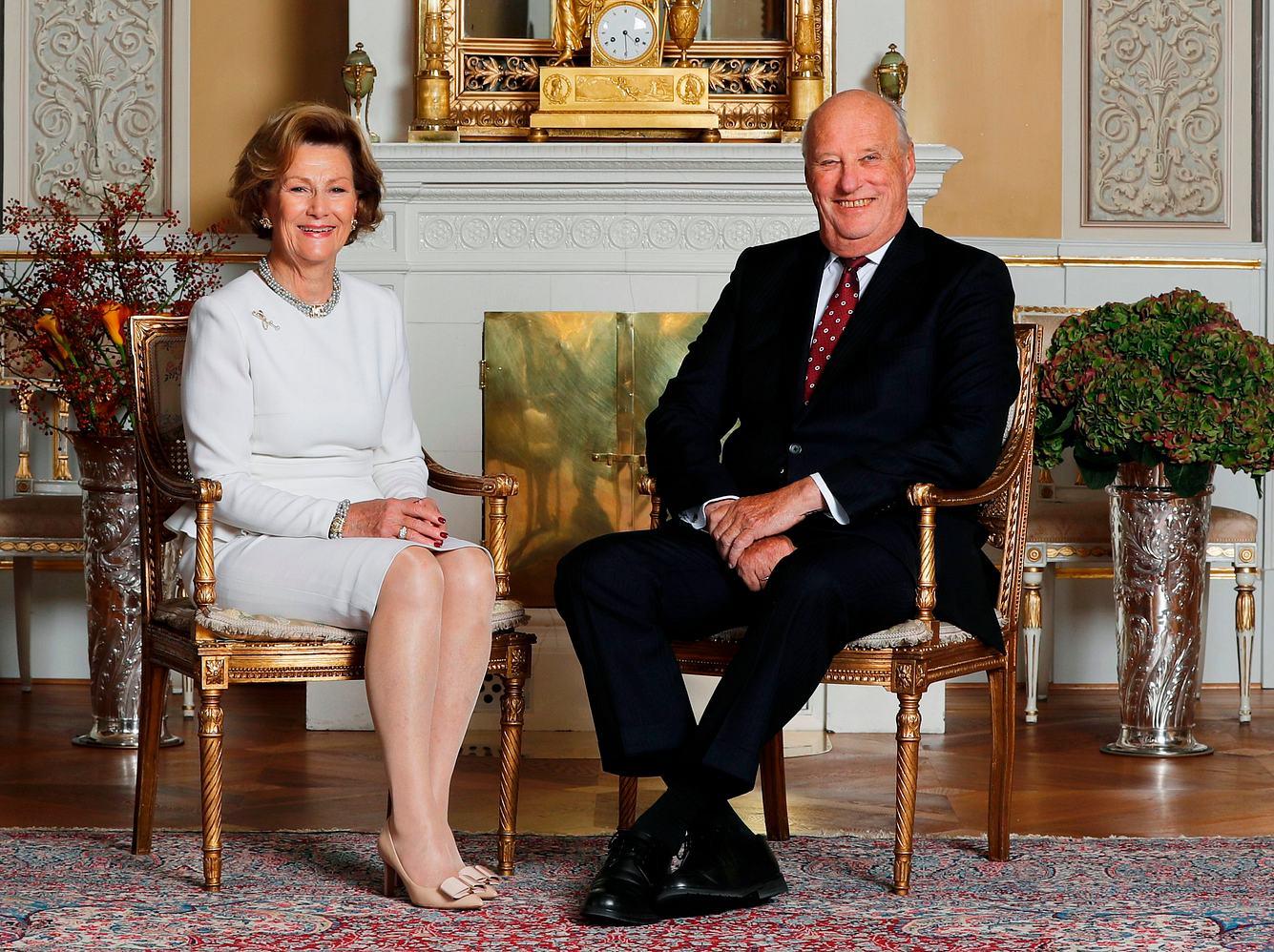 Königin Sonja und König Harald kämpften für ihr Glück.