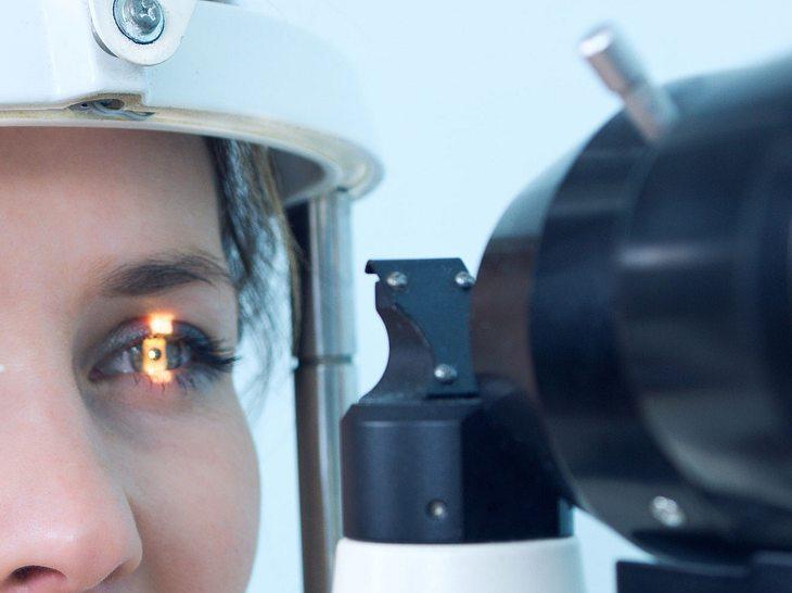 Eine OP kann beim Glaukom helfen