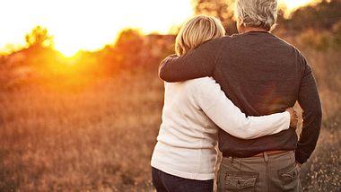 Globuli und Co.: So hilft Homöopathie der Liebe auf die Sprünge - Foto: AleksandarNakic / iStock