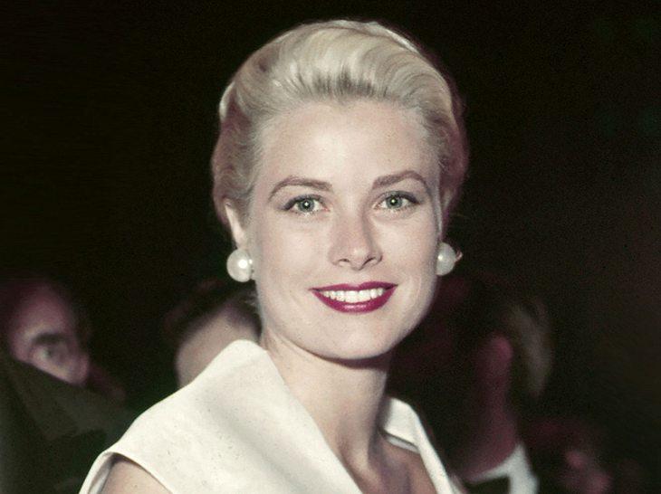 Schauspielerin Grace Kelly trug später den Titel Fürstin Gracia Patricia von Monaco.