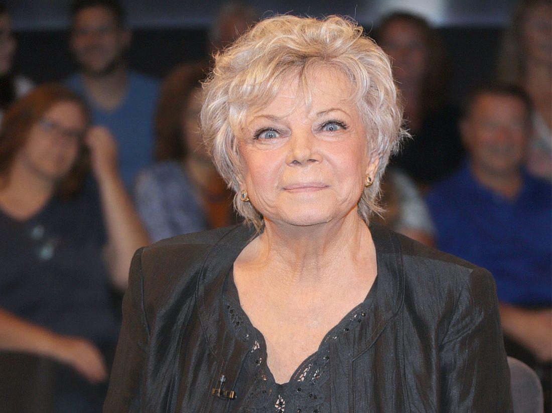 Grit Boettcher spielt in 'Frühling' eine todkranke alte Frau.