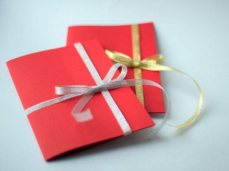 Geschenk foto verpacken