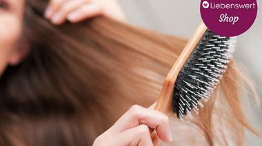 Haarbürste reinigen - in drei Schritten zur sauberen Bürste - Foto:  iStock/kzenon
