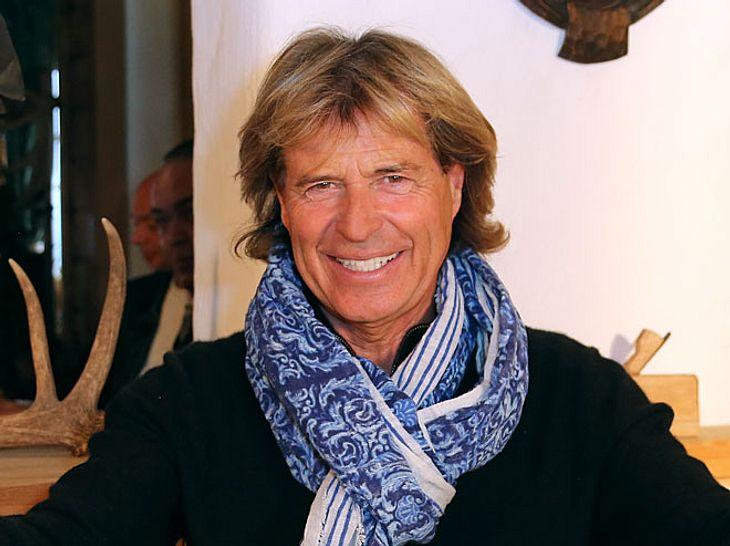 Volksmusiker und Entertainer Hansi Hinterseer hat ein Märchenbuch veröffentlicht.