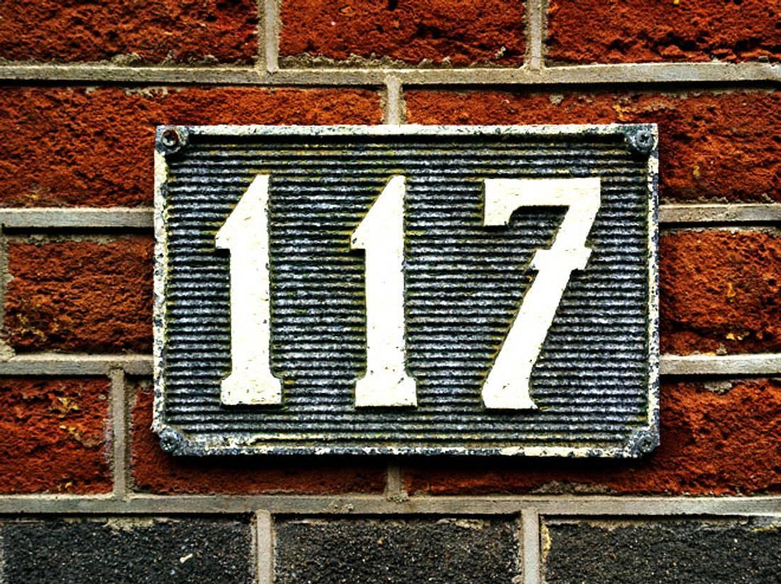 Wussten Sie schon, dass Ihre Hausnummer in Verbindung mit der Straße Ihres Zuhause eine große Bedeutung für Sie hat?