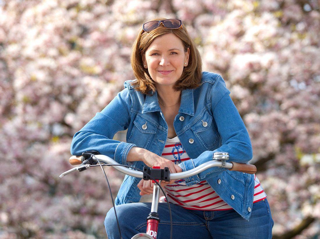 Heike Götz ist für 'Landpartie' stets auf ihrem Fahrrad unterwegs.