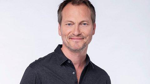 Herbert Schäfer wird neuer Hauptdarsteller der 18. Staffel Rote Rosen.  - Foto: ARD / Thorsten Jander
