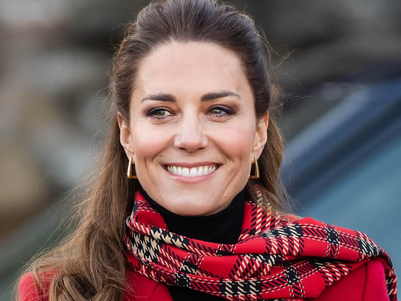 Herzogin Kate zeigt sich auch im Dezember gut gelaunt.