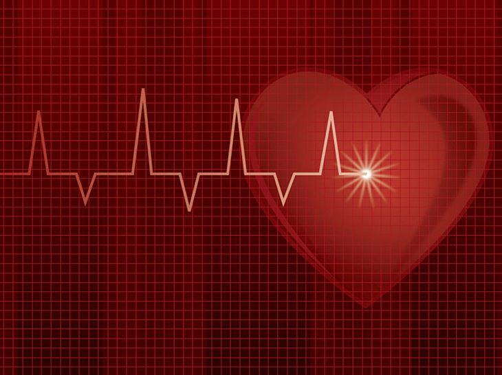 Herzstolpern & Co: Die Alarmsignale des Herzens