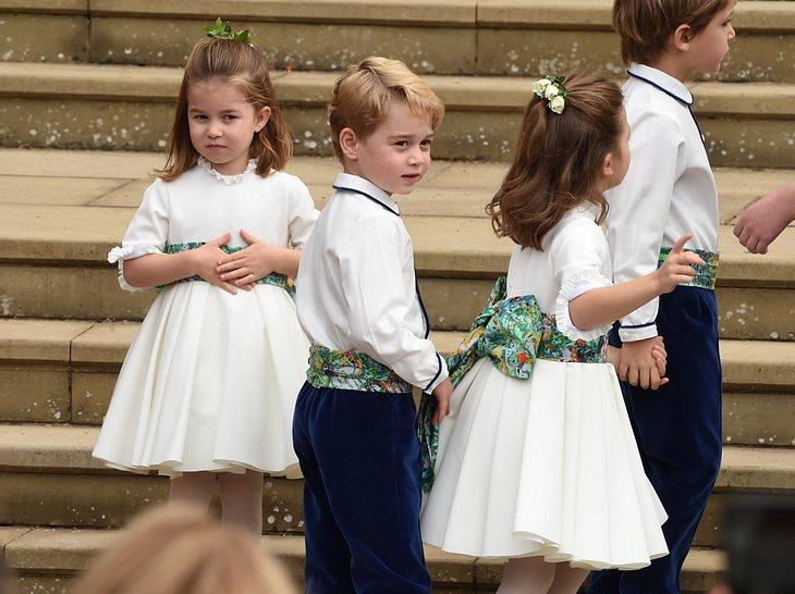 Hochzeit von Eugenie: Prinz George und Prinzessin Charlotte bei der Kirche
