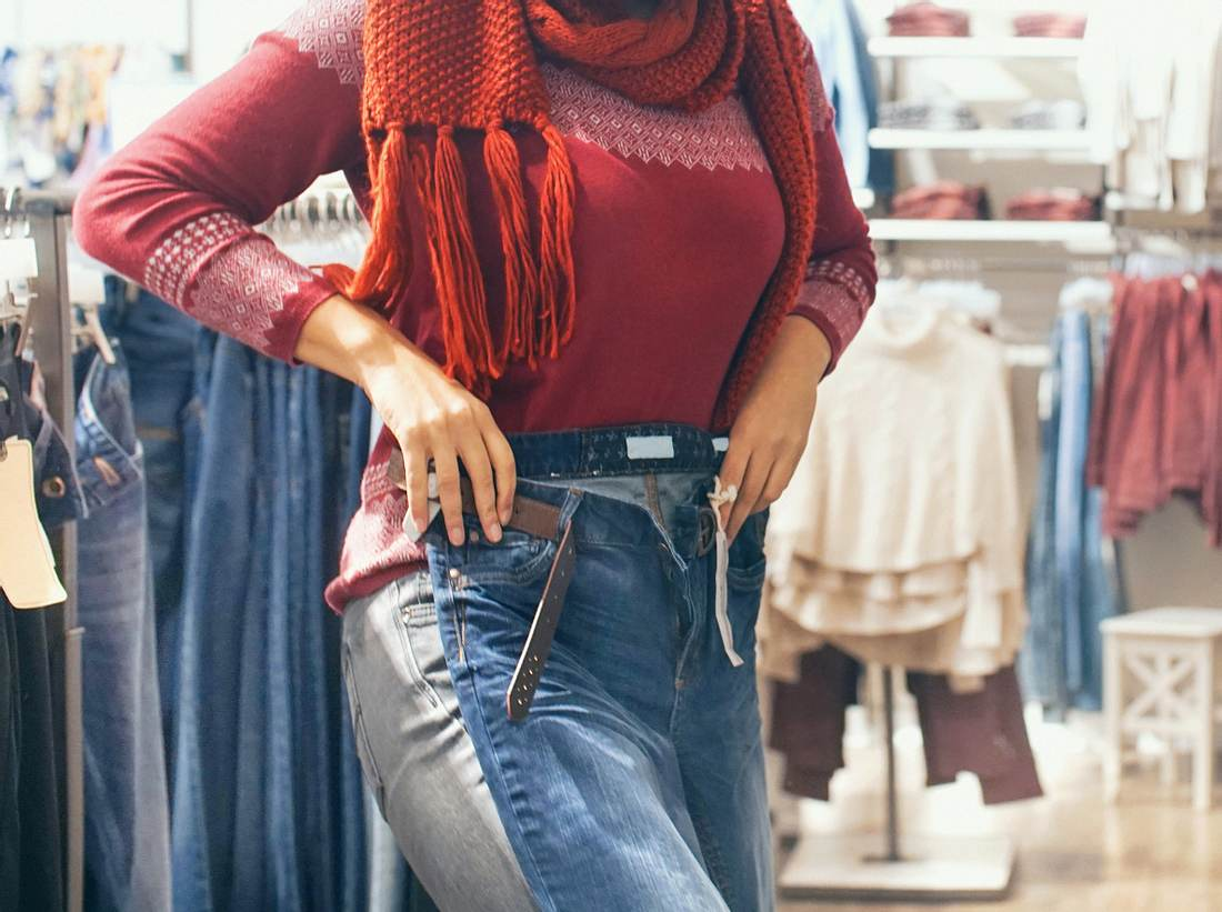 Diese Hosen kaschieren kräftige Oberschenkel und breite Hüften