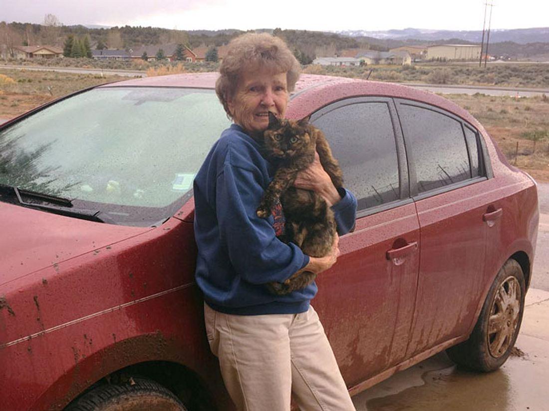 Fünf Tage und vier eiskalte Nächten überlebten Ruby Stein und ihre Katze Nikki in der Wildnis.