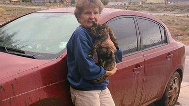 Fünf Tage und vier eiskalte Nächten überlebten Ruby Stein und ihre Katze Nikki in der Wildnis. - Foto: Facebook / 9NEWS (KUSA)