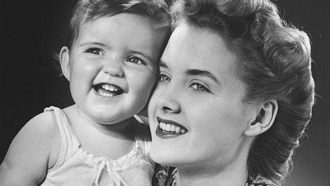 Welche Vornamen für Babys waren in den Jahren 1945 bis 1965 besonders beliebt? - Foto: George Marks / iStock