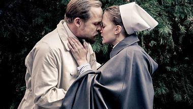 Die neue ARD-Serie Charité begeistert Millionen von Zuschauern. Doch was ist so faszinierend an der Sendung? - Foto: ARD / Nik Konietzny