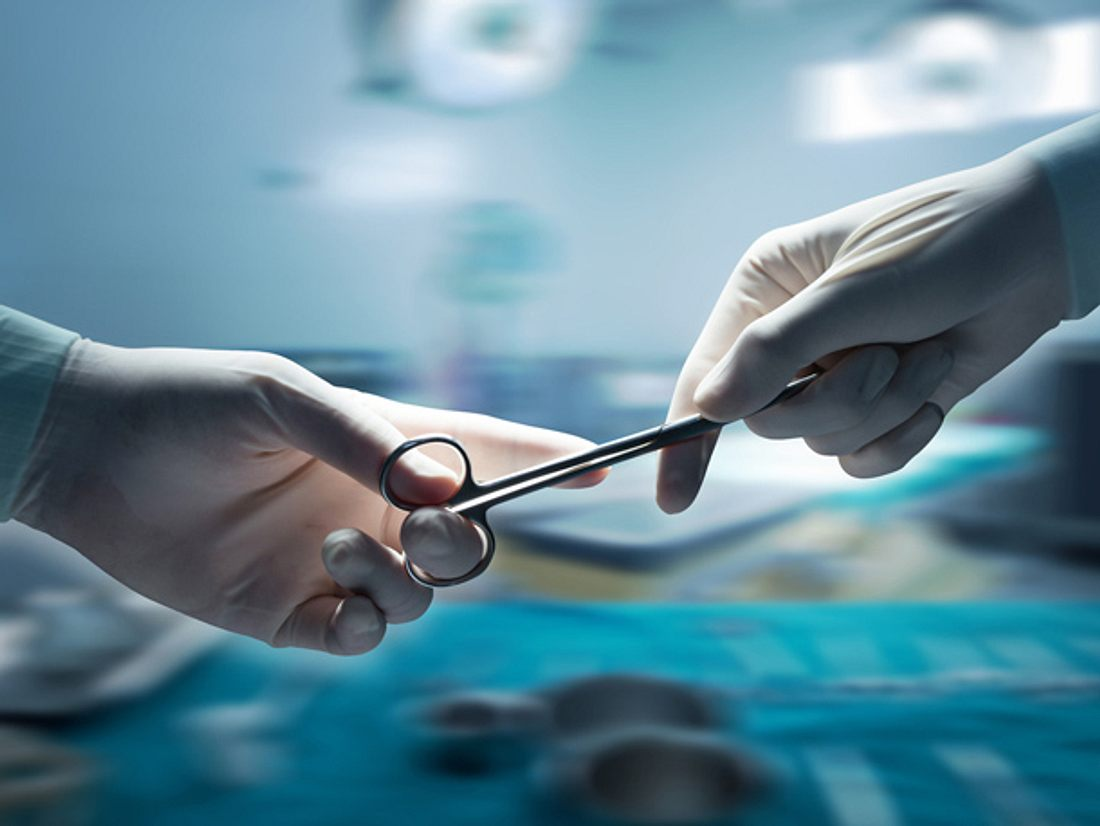 Laut einer Erhebung der Techniker Krankenkasse (TK) ist die Zahl der Verdachtsfälle auf Behandlungsfehler im Jahr 2016 um 26 Prozent angestiegen.