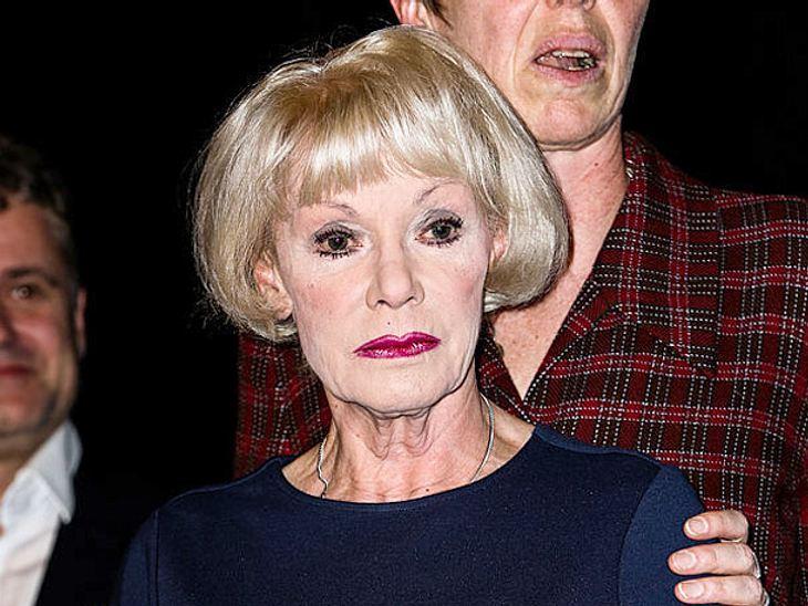Die Schauspielerin Anita Kupsch will nicht tatenlos zusehen, falls sie noch einmal schwer erkranken sollte und bettlägerig wird.