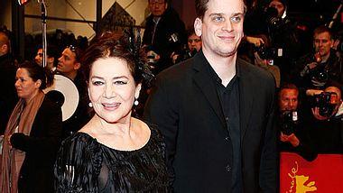 Hannelore Elsner spricht über ihren Sohn Dominik. - Foto: Andreas Rentz / Getty Images