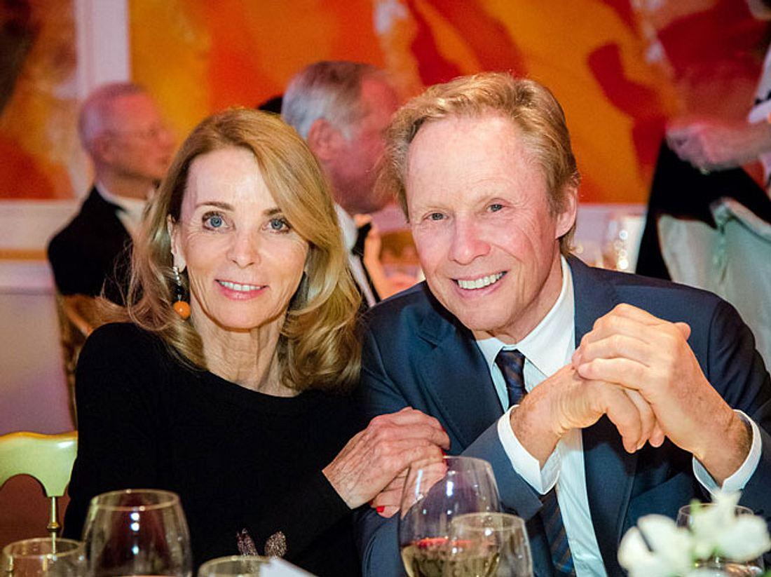Der Sänger und Schauspieler Peter Kraus ist seit fast 50 Jahren mit Ehefrau Ingrid verheiratet.