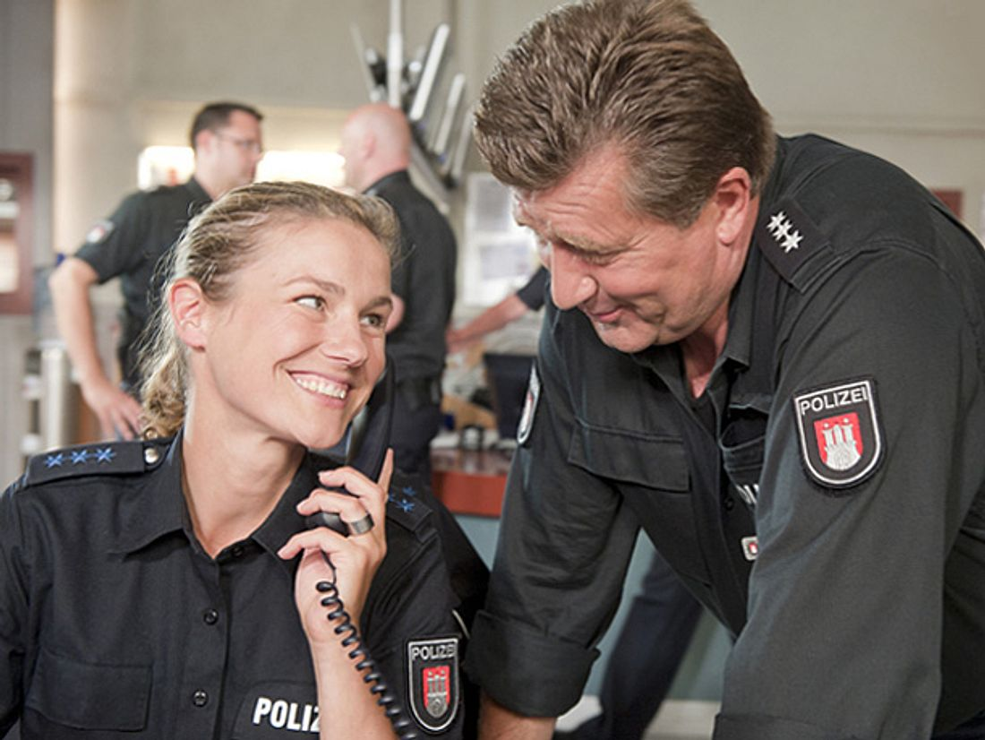 Das Team der ZDF-Serie 'Notruf Hafenkante' wurde mit dem Polizeistern 2017 ausgezeichnet.