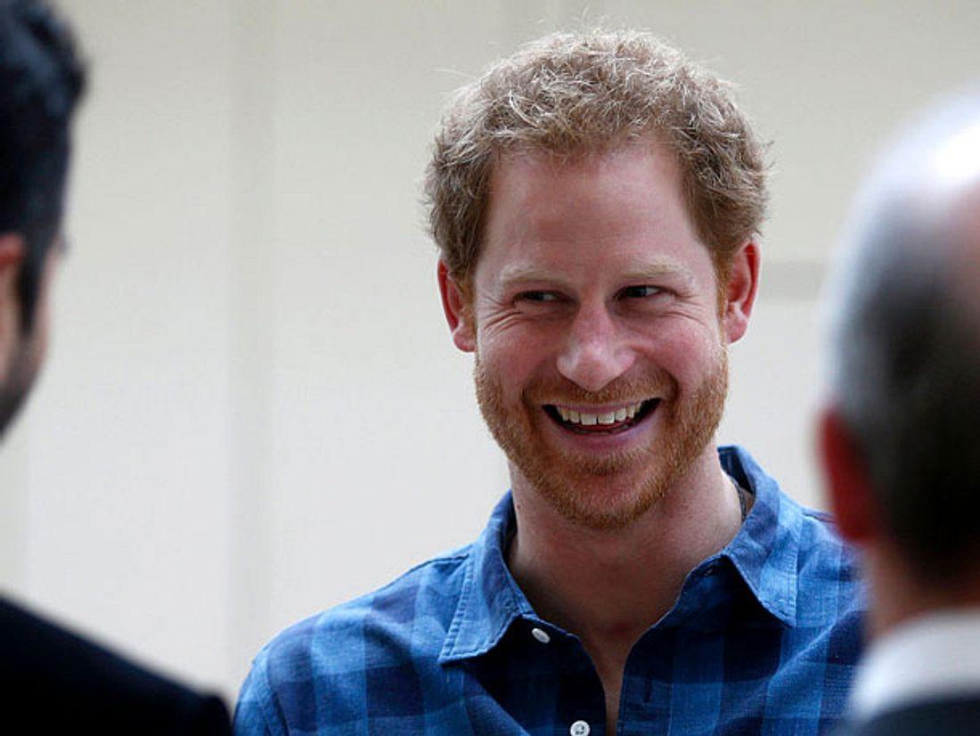 Prinz Harry: Freundin offiziell! Jetzt ist auch der letzte Windsor vom Markt