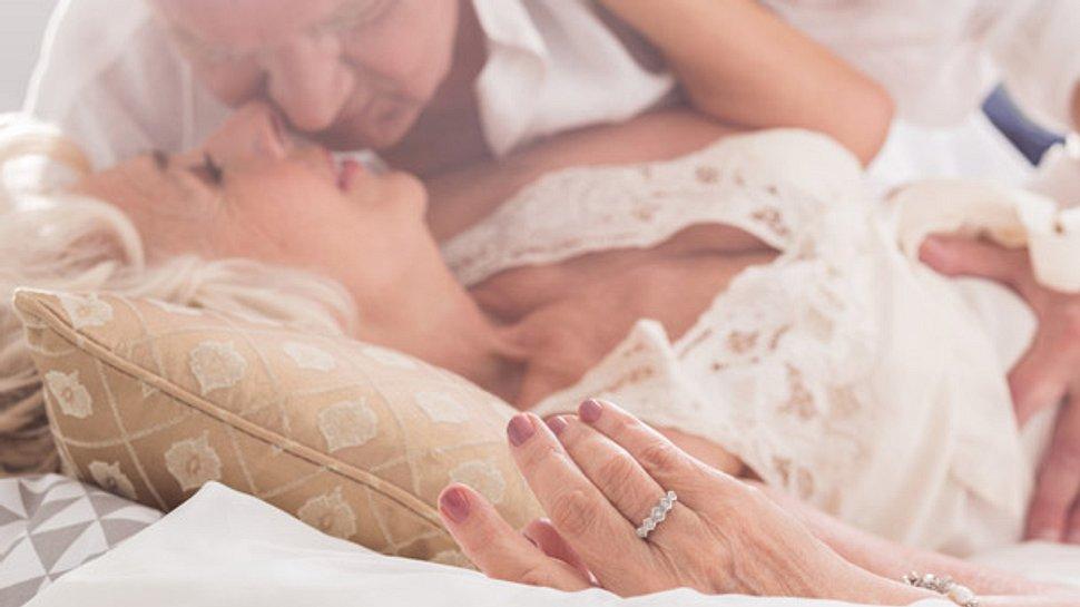 Die 5 sinnlichsten Sexstellungen im Alter