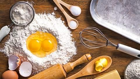 Backen ohne Ei, Mehl & Co.: Wie Sie fehlende Zutaten ersetzen