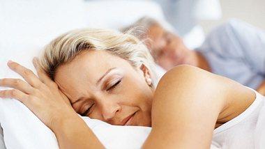 Schlafprobleme mit Saft lindern