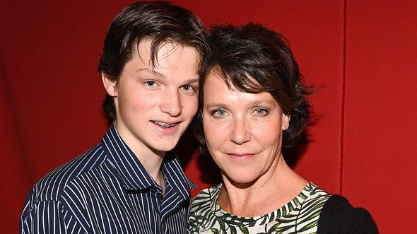 Janina Hartwig und ihr Sohn David 2019 bei der Premiere des Zirkus Roncalli in München.  - Foto: IMAGO / Zeppo