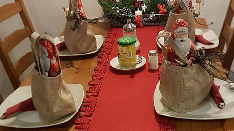So liebevoll wurden die Tische dekoriert - Foto: Restaurant Kluntje Pott