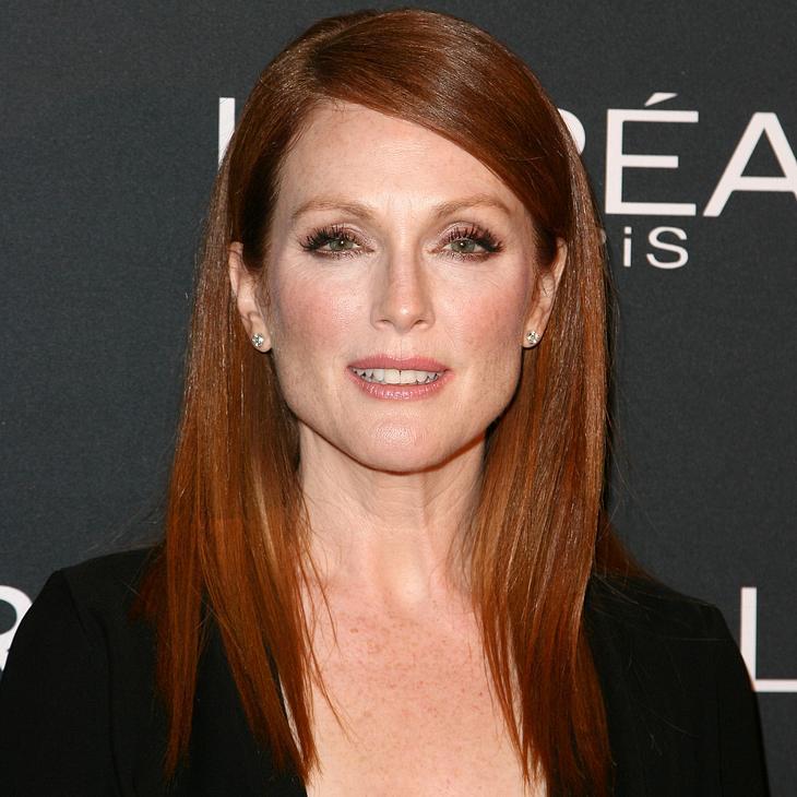 Juliane Moore trägt die perfekte Frisur zu ihrem Sternzeichen.