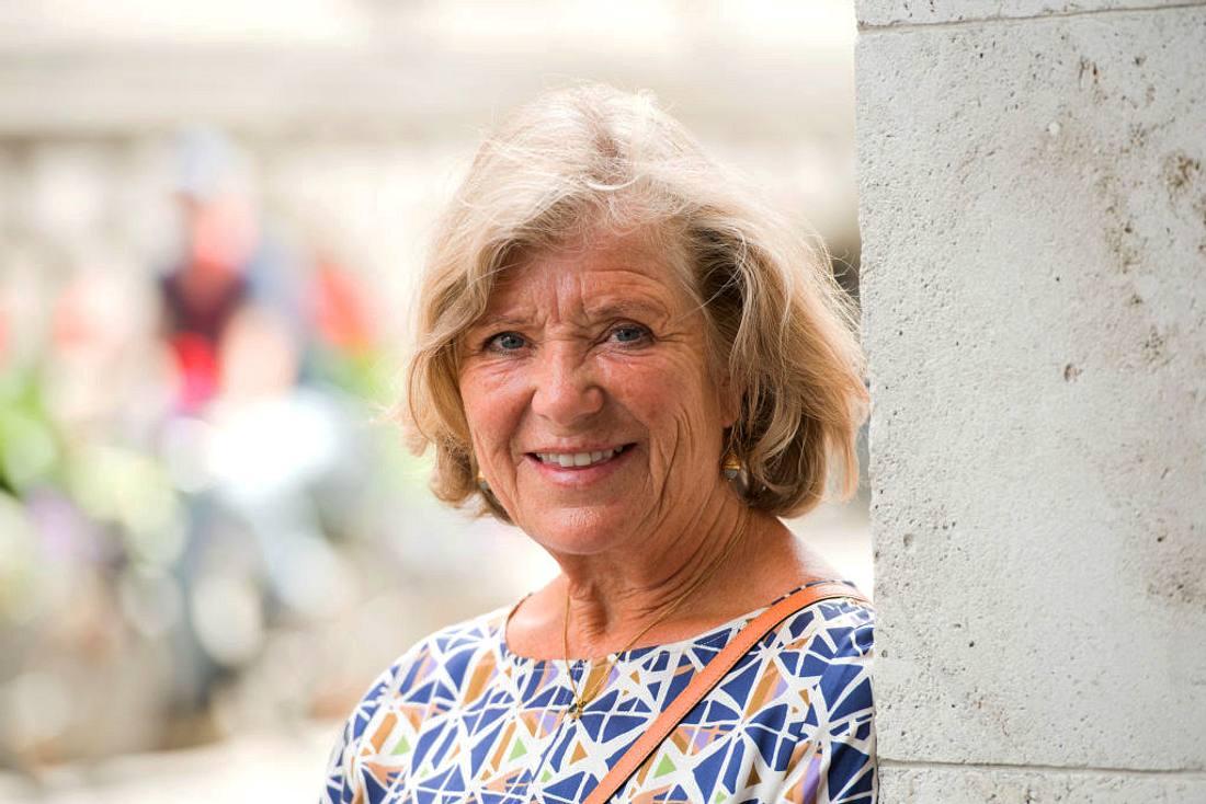 Schauspielerin Jutta Speidel genießt es, Oma zu sein.
