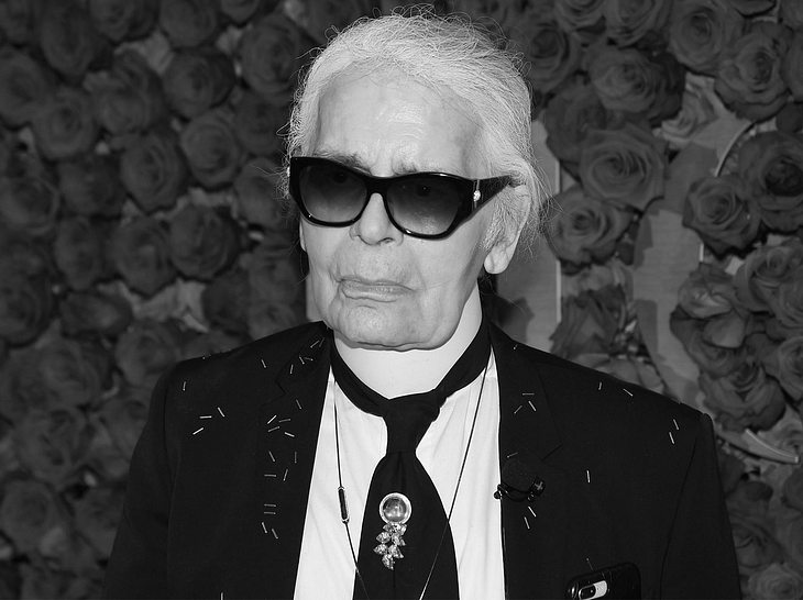 Französische Medien berichten über den Tod von Karl Lagerfeld.