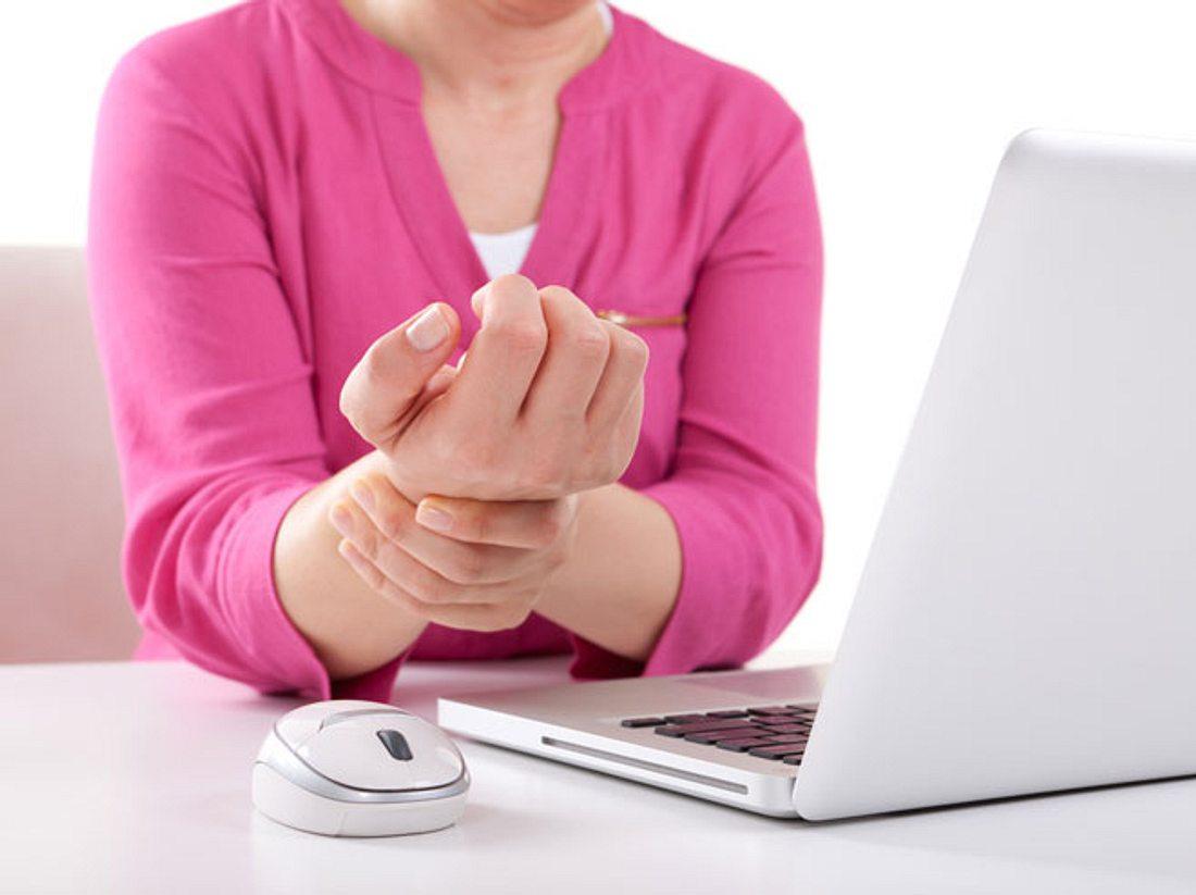 Karpaltunnel-Syndrom: Der Schmerz im Handgelenk
