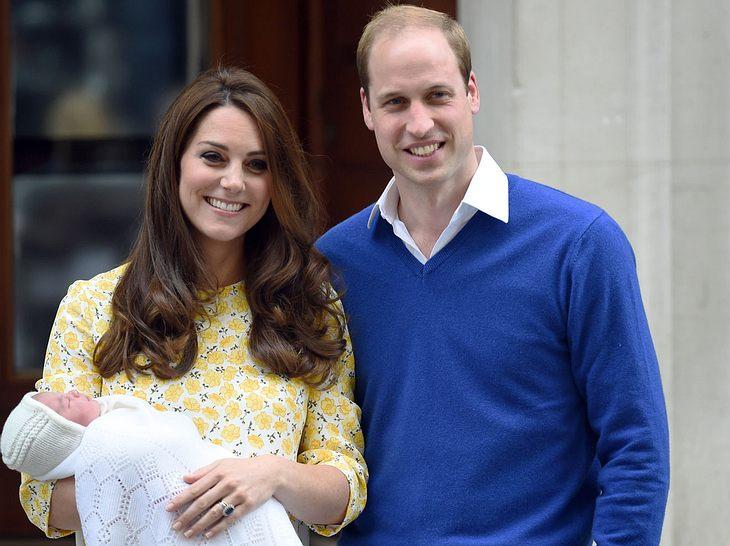 Herzogin Kate und Prinz William mit der neugeborenen Charlotte.