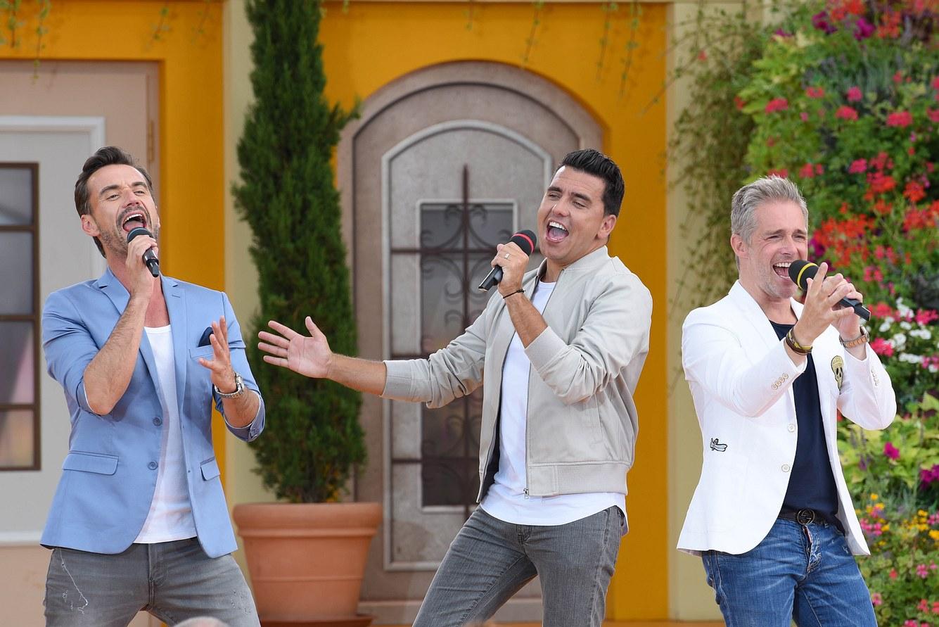Florian Silbereisen, Jan Smit und Christoff De Bolle alias 'Klubbb3' bei einem Auftritt in der Show Immer wieder sonntags im Sommer 2018.