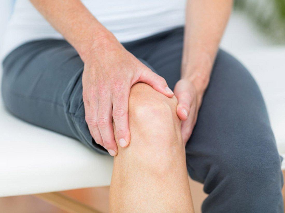 Knie fit halten: Was Frauen beachten sollten