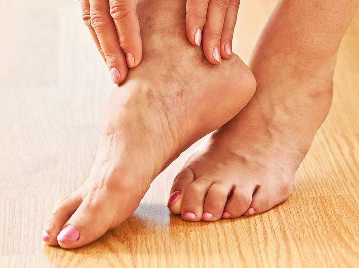 Übungen für die Fußgelenke.