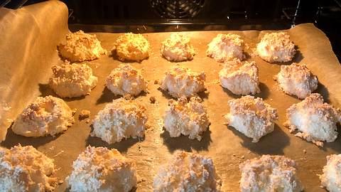 Kokosmakronen nach Omas Rezept backen