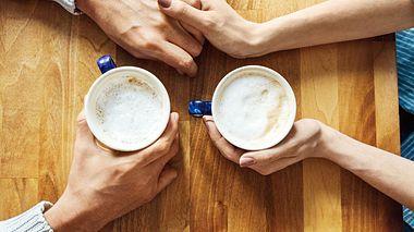 Worin liegt das Geheimnis guter Kommunikation? Wir verraten, wie Gespräche nicht mehr so schnell in einem Konflikt enden. - Foto: alvarez / iStock
