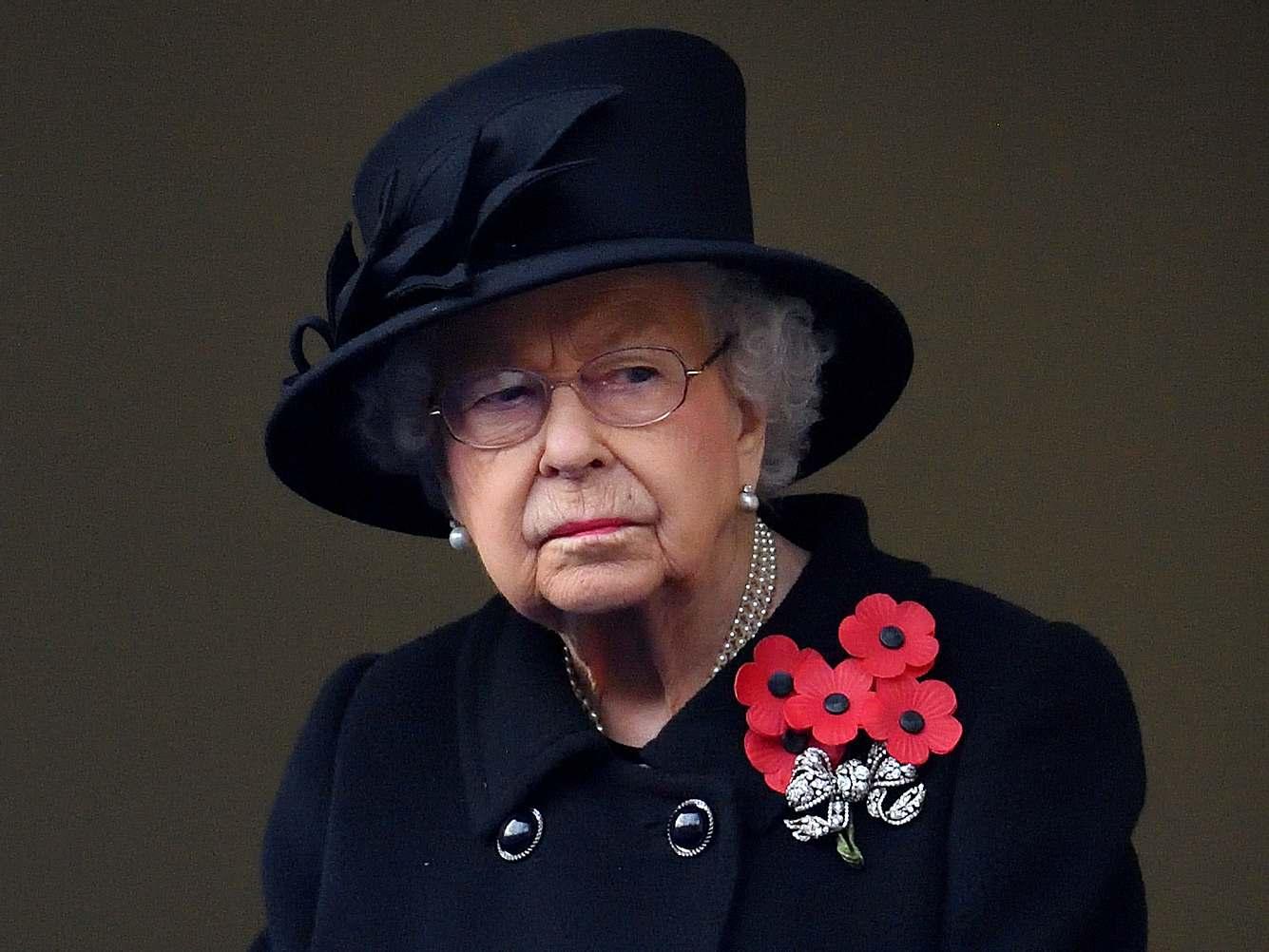 Königin Elizabeth  II. am britischen Remember Day 2020.