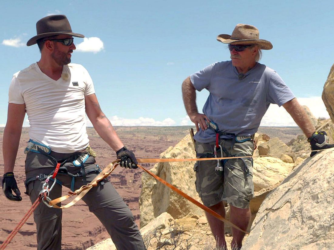Konny Reimann und Michael Wendler unterwegs in der Wüste.
