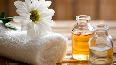 Körperöle verwöhnen Haut und Sinne! - Foto: damircudic/iStock