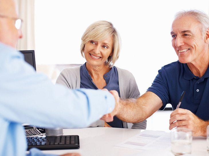 Nicht jeder Rentner kann einen Kredit bekommen.
