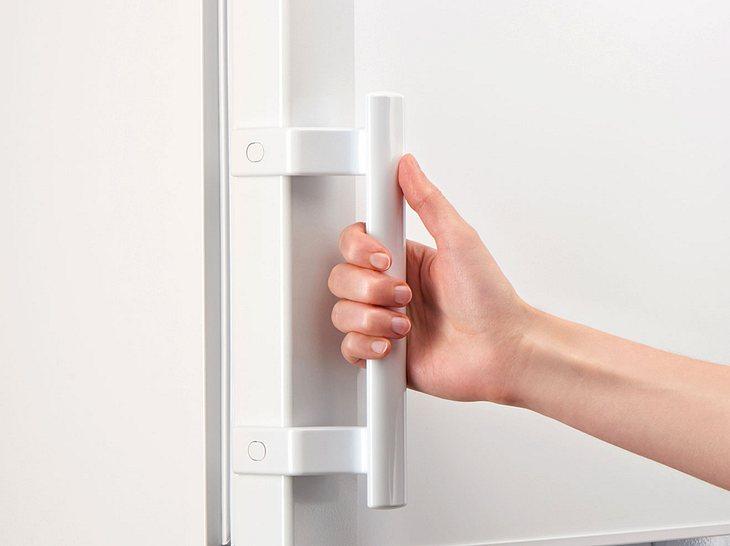Kühlschrank Zubehör Leiste : Wenn der kühlschrank brummt was tun gegen laute geräusche