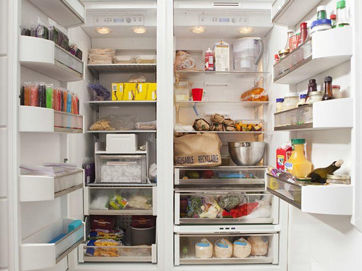 Beim Kühlschrank einräumen müssen Sie die Temperaturen beachten.