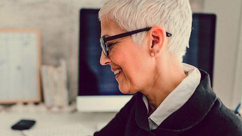 Kurzhaarfrisuren für feines Haar - Foto: vgajic / iStock
