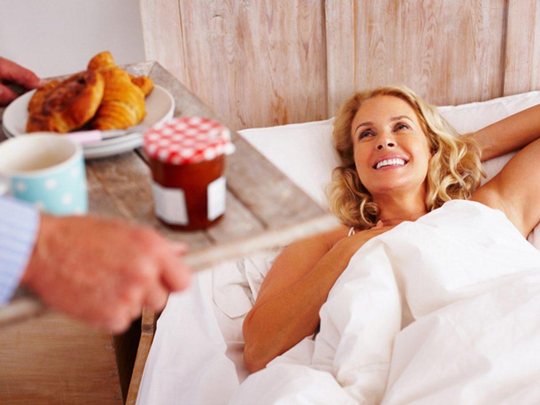Getrennte Betten: Wann es der Beziehung hilft, allein zu schlafen